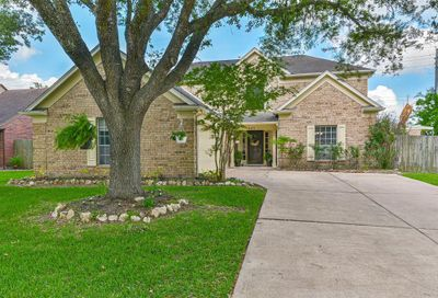 4011 Spring Branch Drive E Pearland TX 77584