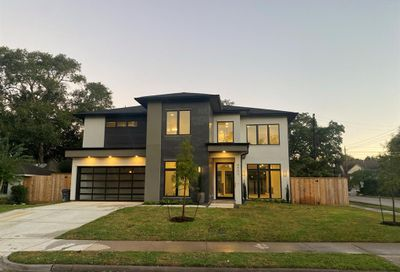 8902 Bace Drive Spring Valley Village TX 77055