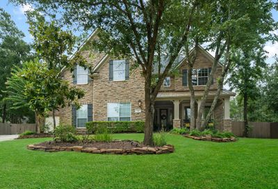 39 Pawprint Place The Woodlands TX 77382