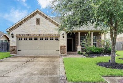 2813 Lost Maples Drive Pearland TX 77584