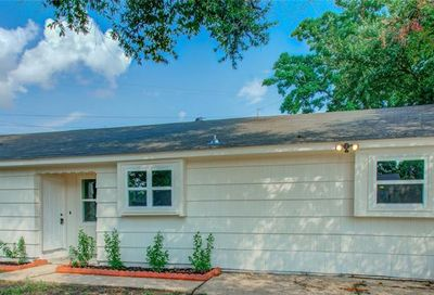 318 Brookview Street Channelview TX 77530