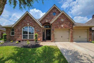 13704 Cutler Springs Court Pearland TX 77584