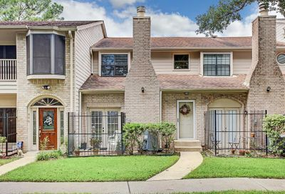 800 Country Place Houston TX 77079