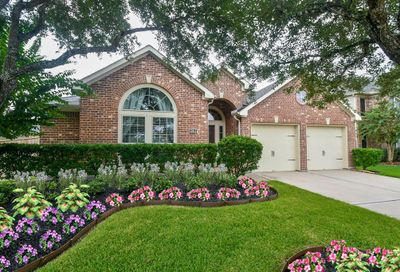 13612 Evening Wind Drive Pearland TX 77584
