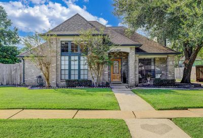 448 Old Course Drive Friendswood TX 77546