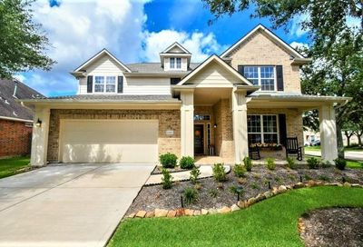 12001 Bright Landing Court Pearland TX 77584