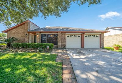 16750 Colony Bend Drive Friendswood TX 77546