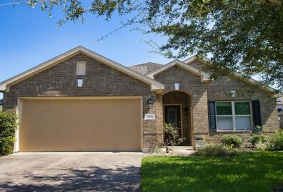 1519 Brook Hollow Drive Pearland TX 77581