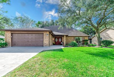 822 Country Place Boulevard Pearland TX 77584