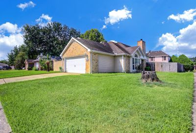 1055 Holbech Lane Channelview TX 77530