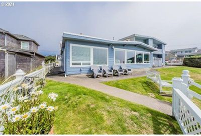 3313 NW INLET AVE 5 Lincoln City OR 97367