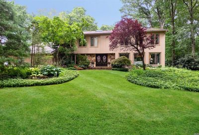 460 Annandale Dr Oyster Bay Cove NY 11791