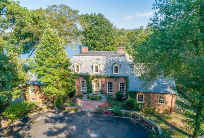 Cove Woods Rd Oyster Bay Cove NY 11771