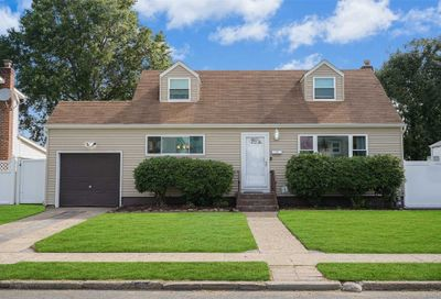 2158 Erma Dr East Meadow NY 11554