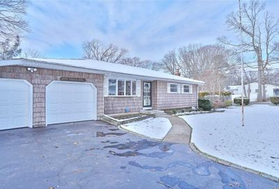 294 Breeze Ave Lake Ronkonkoma NY 11779