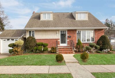 139 Clement Ave Elmont NY 11003