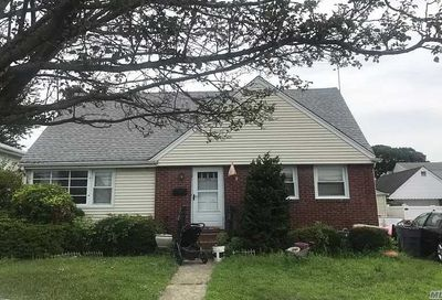 325 Clement Ave Elmont NY 11003