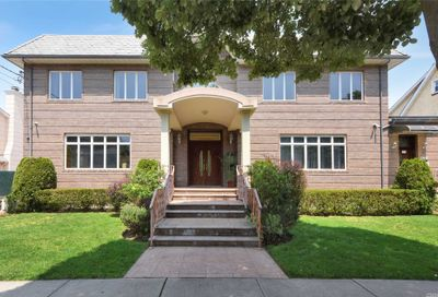 10829 70th Ave Forest Hills NY 11375