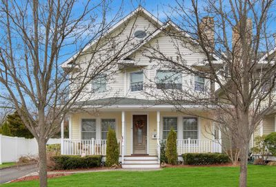 156 Summers St Oyster Bay NY 11771
