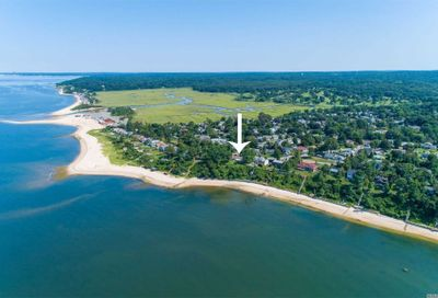 136 W Waterview St Northport NY 11768