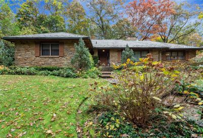 55 Sunken Orchard Ln Oyster Bay Cove NY 11771