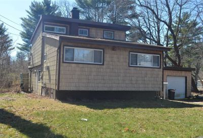 18 6th Ave Brentwood NY 11717