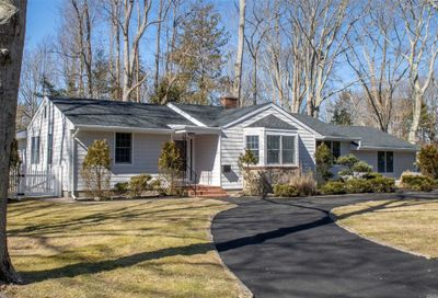 140 Durkee Ln E. Patchogue NY 11772
