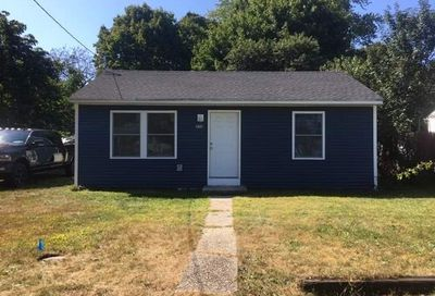 636 Bayview Ave Bellport NY 11713