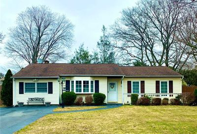 22 Elkin Dr Middle Island NY 11953
