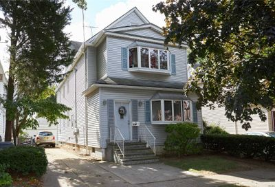 174 Lowell Ave Floral Park NY 11001