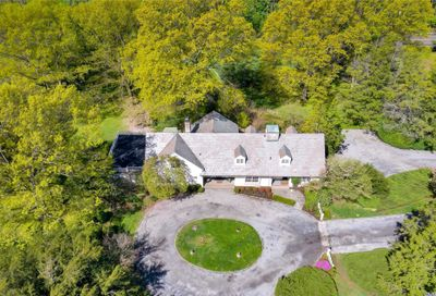 202 Cleft Rd Mill Neck NY 11765