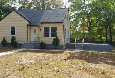 114 Peterson St Brentwood NY 11717