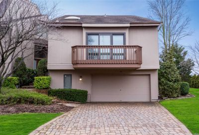 34 Clubside Dr Woodmere NY 11598