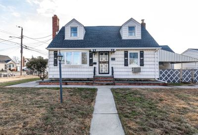 2070 Franklin Ave East Meadow NY 11554