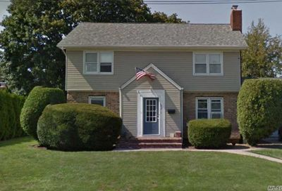 1937 School St East Meadow NY 11554