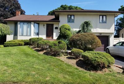47 Country Dr Plainview NY 11803