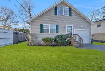 6 Bellaire Ave Selden NY 11784