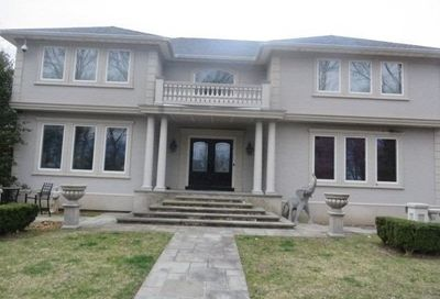 22 Willow Pond Ln Miller Place NY 11764