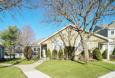 61 Eric Dr Middle Island NY 11953