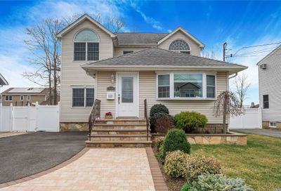 2660 Orchard St N. Bellmore NY 11710