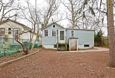 21 Patchogue Rd Sound Beach NY 11789