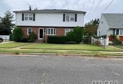 384 Clement Ave Elmont NY 11003