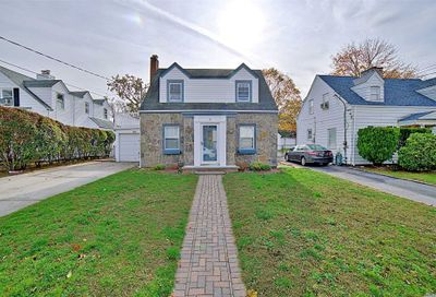39 Claurome Pl Freeport NY 11520