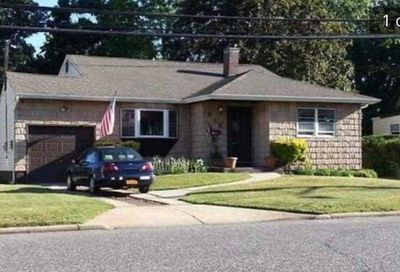 312 2nd Ave Brentwood NY 11717