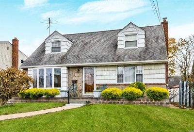 102 Aaron Dr East Meadow NY 11554