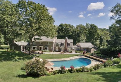 177 Cove Rd Oyster Bay Cove NY 11771