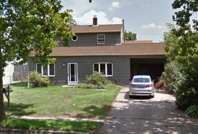 357 Loring Rd Levittown NY 11756