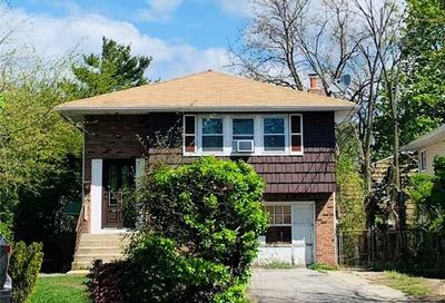 849 Front St Uniondale NY 11553