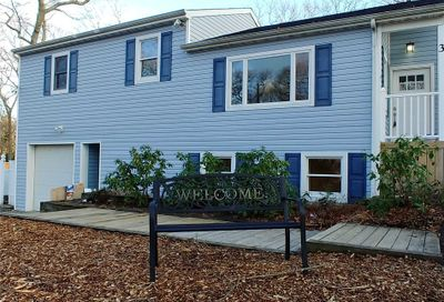 3 Pigeon Rd Rocky Point NY 11778