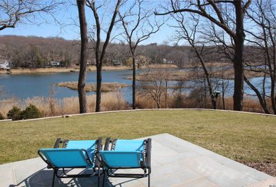 6 Riverview Ter Smithtown NY 11787